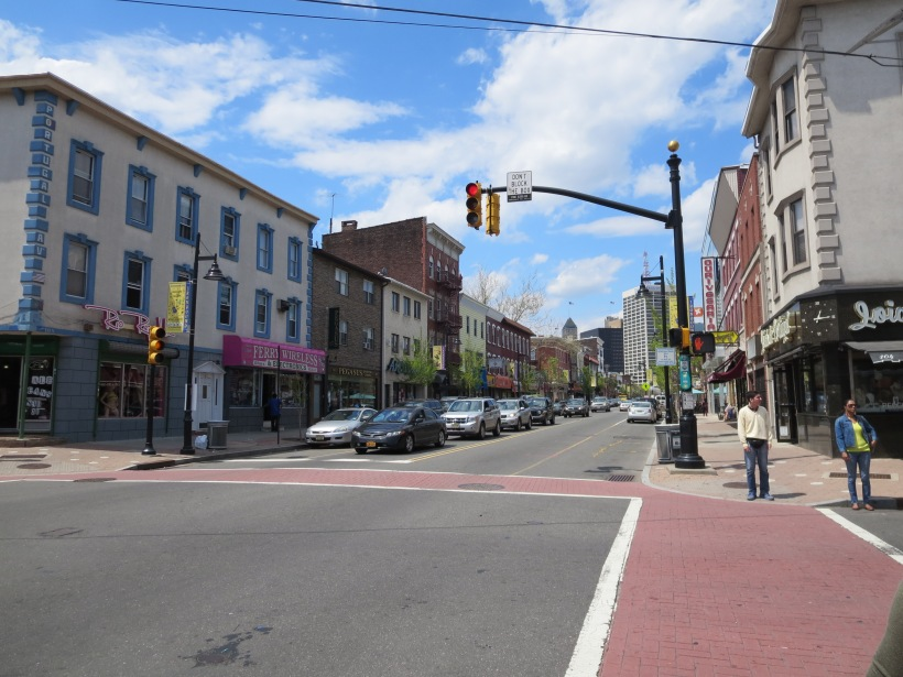 Ferry Street in Newark is a more traditional, though still safe and enjoyable street. Here pedestrians are separated from cars. The slow speed of cars on this street mean that bike lanes are unnecessary.  This street design is great for commercial strips.